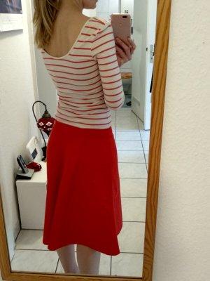 Einteiler/Kombination aus Shirt und Hosenrock