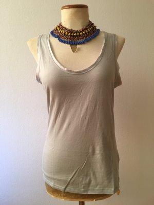 Eisblaues Top mit Satinborte am Ausschnitt und den Ärmeln, Top, Shirt