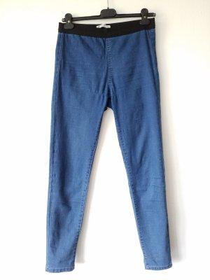 elastische Jeans mit schwarzem elastischen Bund