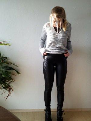 elastische schwarze Lederleggings
