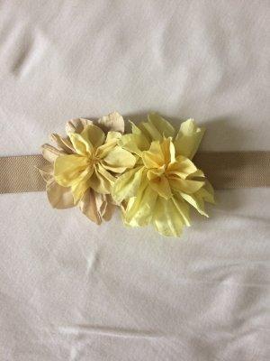 Elastischer Gürtel mit Blumen