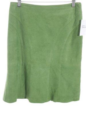 Elégance Falda de cuero verde look casual