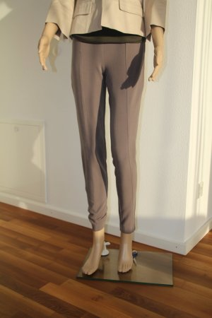 Elegant & Bequem. Stylische Stretchhose in taupe