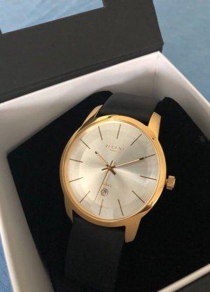 Elegant-schlichte Armbanduhr vergoldet
