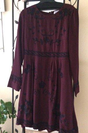 Elegant verspieltes Kleid