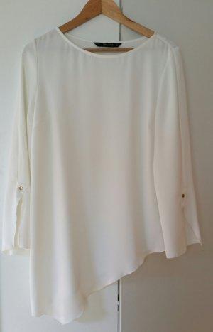 Elegante Asymmetrische Bluse in weiß.