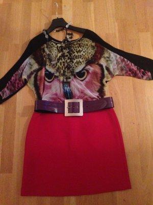 Elegante Bluse mit fantastisch bunten Tierdesign