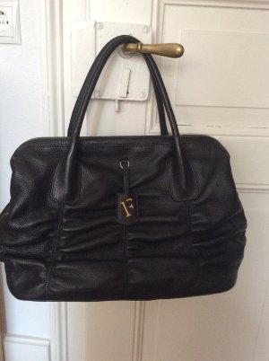 Elegante Furla Handtasche mit Klappverschluss