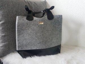 Elegante Handtasche von Hugo Boss