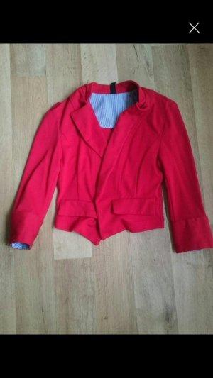 Elegante rote Jacke