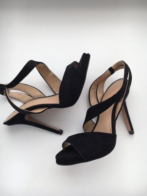 2f376de5a24e03 Sandalias de tacón de tiras de Zara a precios razonables| Segunda ...