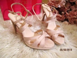 H&M Strapped High-Heeled Sandals light pink