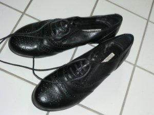 Buffalo Wingtip Shoes black leather