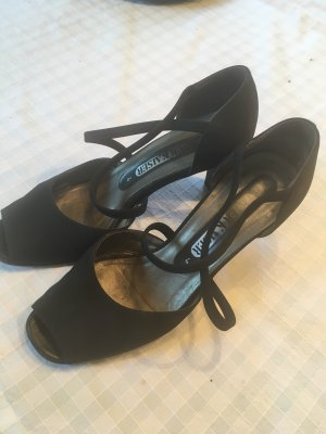 Peter Kaiser Strapped pumps black