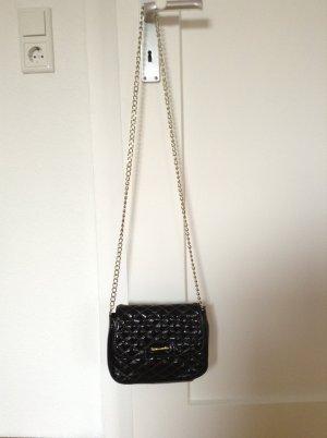 elegante schwarze Abendtasche von TAMARIS in Lack-Optik