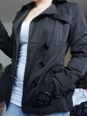 elegante schwarze Frühjahrsjacke