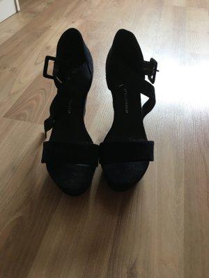 Elegante schwarze Schuhe