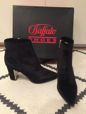elegante schwarze Stiefelette aus Samt mit Absatz von Buffalo