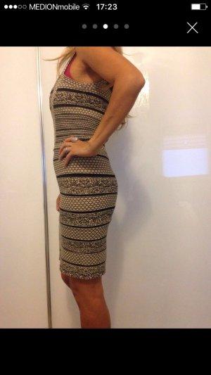 Elegante , sexy Kleid in Größe M/L