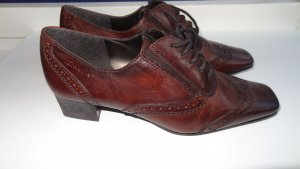 Tamaris Wingtip Shoes brown red leather