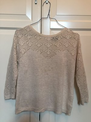 Elegante und modischer Pullover