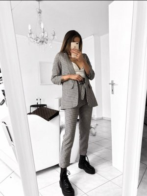 Business Suit grey-white