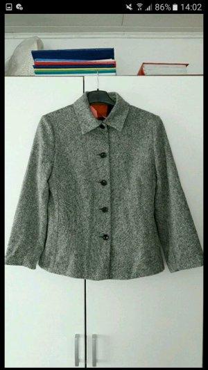 Eleganter Blazer oder Kurzer Mantel