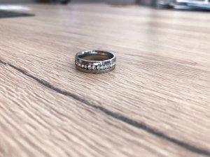 eleganter breiter Ring