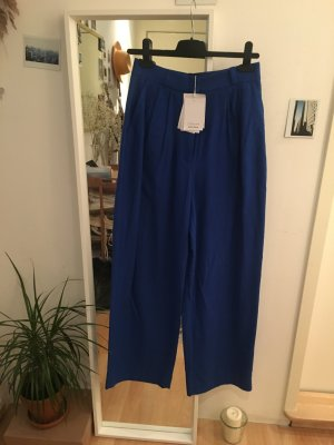 Eleganter Hingucker: Seidenhose in Royal Blue, high waist, wide leg