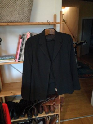 eleganter hosenanzug kurzer blazer