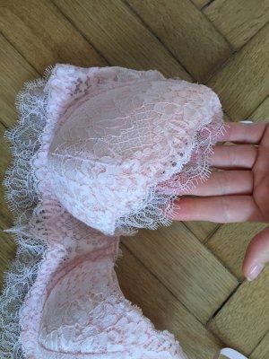 Eleganter neuer rosaner BH