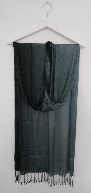 Eleganter schimmernder Schal
