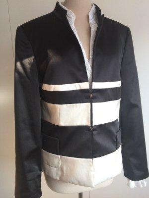 Eleganter Vera Mont Blazer Gr. 42 schwarz-weiß mit Stehkragen