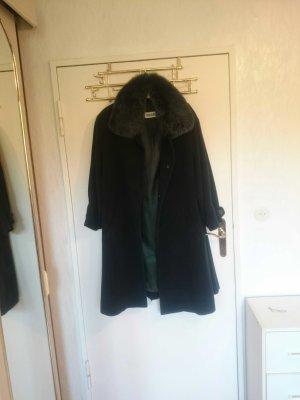 eleganter vintage mantel