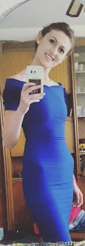 Elegantes blaues Kleid