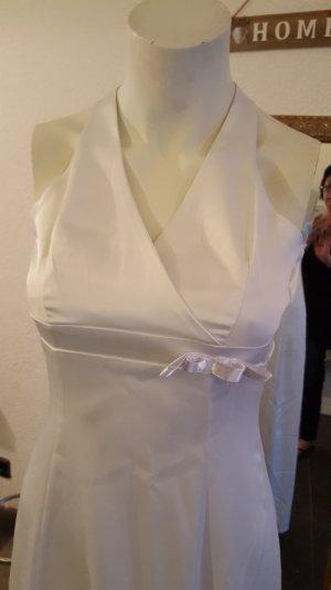 Elegantes Brautkleid in der Grösse 34