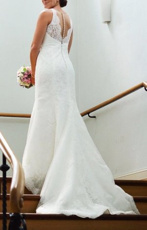 Elegantes Brautkleid von Pronovias, Fit and Flare