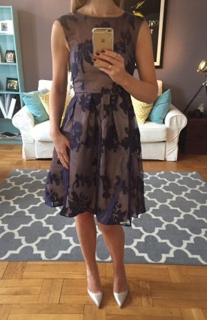 Elegantes Cocktail Kleid; Blumenmuster