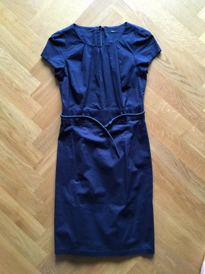 Elegantes dunkelblaues Kleid in Größe 34