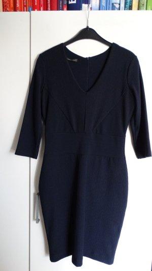 Elegantes dunkelblaues Kleid von ESPRIT