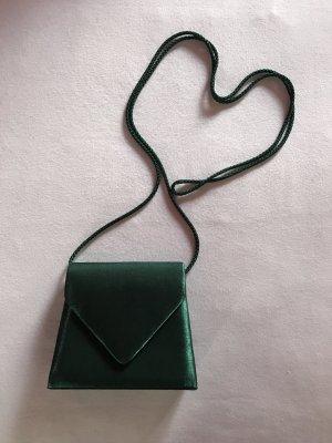 Elegantes dunkelgrünes Täschchen