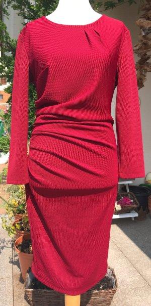 Elegantes italienisches Kleid • traumhaft!