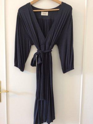 Elegantes Jerseykleid / Kimonokleid mit tiefem Ausschnitt von Ganni in Größe 38