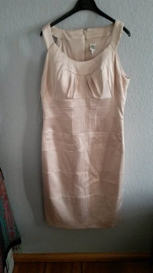 elegantes kleid. beige mit Etikett