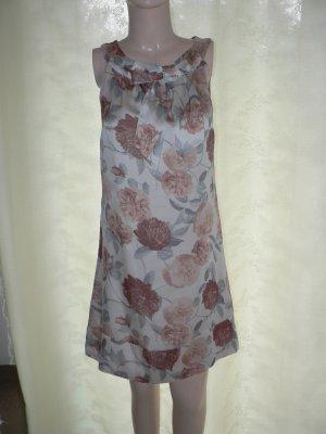 Elegantes Kleid geblümt Satin