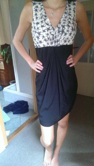 Elegantes Kleid; Gr. M
