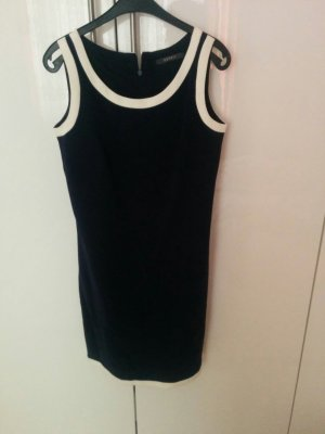 Elegantes Kleid in Matrosenfarben Esprit