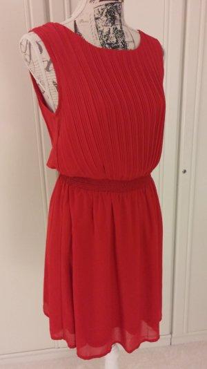 elegantes Kleid in rot