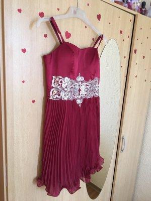 Elegantes Kleid in Rot Gr.36