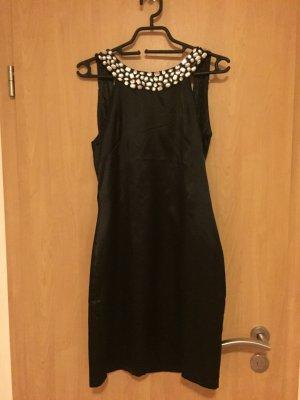 Elegantes Kleid in schwarz